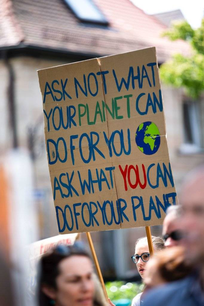 How to Save the Planet?  (15 Simple Things You Can Do to Help Protect the Earth)